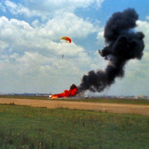 NASA,авиация,самолёт,история,космос,планета,исследование,астрономия, Первый человек, ступивший на Луну чуть не погиб в авиакатастрофе за год до начала миссии «Аполлон-11»