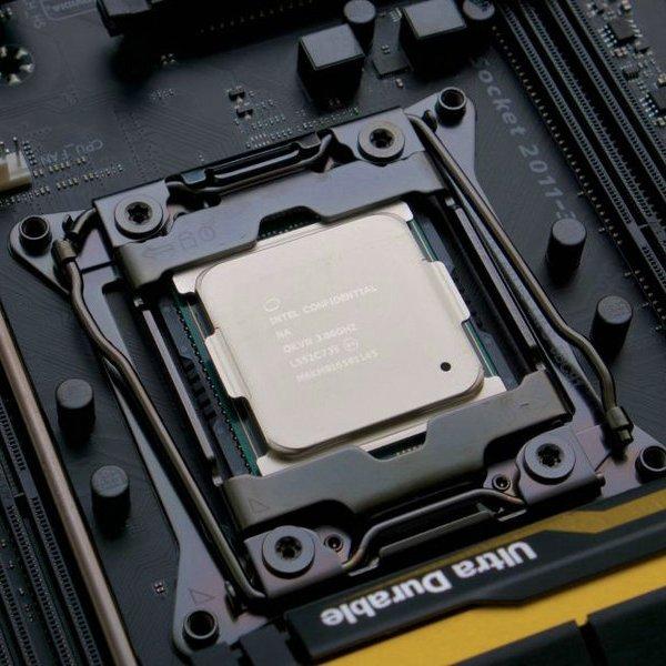 Intel,PC,компьютер,суперкомпьютер,процессор, Intel Core i7-6950X Extreme Edition: на выставке Computex-2016 представили 10-ядерный процессор