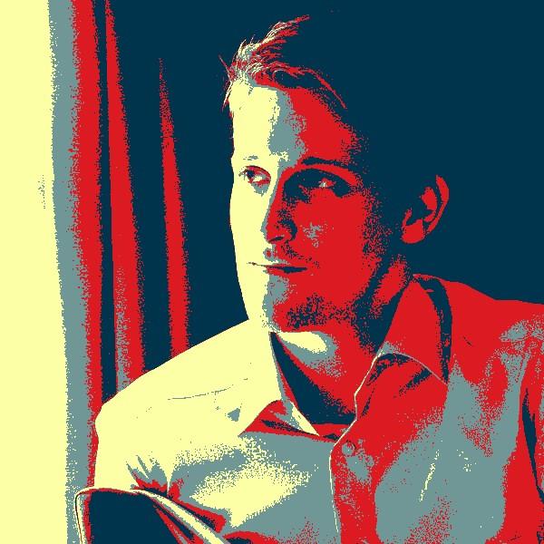 ЦРУ,АНБ, Шпион, выйди вон - Эдвард Сноуден представил мобильное приложение для слежки