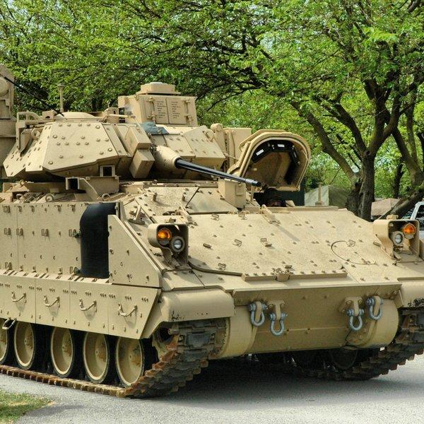 искусственный интеллект, война, Судный День. Армия США разрабатывает искусственный интеллект для диагностики состояния «Брэдли»