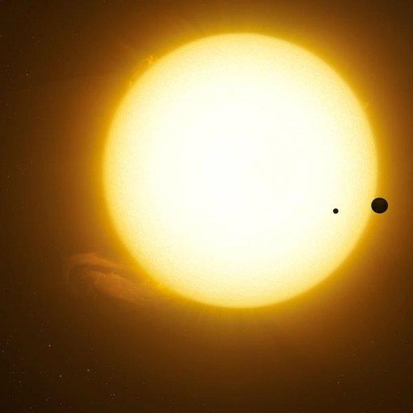 космос, Размером с Нептун. Доказано существование гигантской луны за пределами нашей Солнечной системы